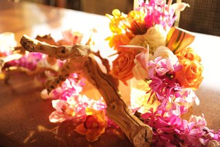 orchids-roses-and-tropical-flower-decoration