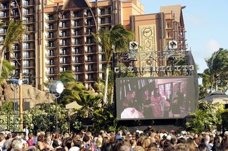 televised-wedding-at-hawaiis-disney-resort