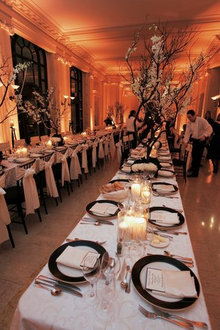 black-and-white-wedding-reception-table-decorations