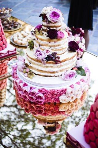 nikki-sixx-and-courtney-binghams-wedding-cake
