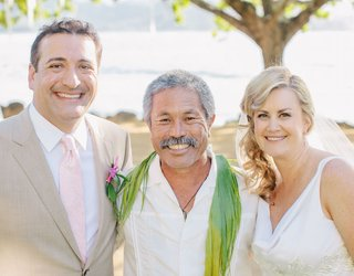 bride-and-groom-portrait-with-officiant-from-hawaii