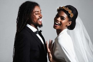 mordekai-by-ken-borochov-bridal-collection-gold-rose-headband-on-bride