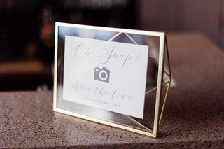 geometric-frame-with-oh-snap-photo-camera-sign-for-wedding-hashtag-social-media
