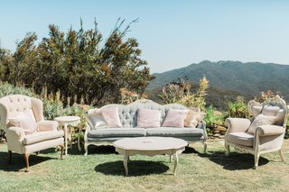 wedding-reception-megan-nicole-youtube-singer-vintage-chair-sofa-shabby-chic-look-lounge-area