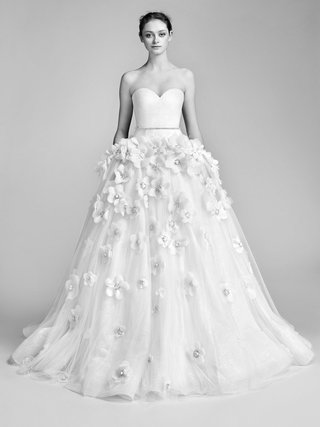 look-12-vrm051-by-viktor-rolf-strapless-sweetheart-ball-gown-with-sequin-belt-and-flower-appliques