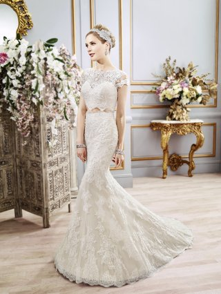 two-piece-wedding-dress-with-cap-sleeves-by-val-stefani