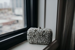 suzanna-villarreal-and-alex-wood-la-dodgers-wedding-bride-bag-clutch-silver-white-detail-jewels