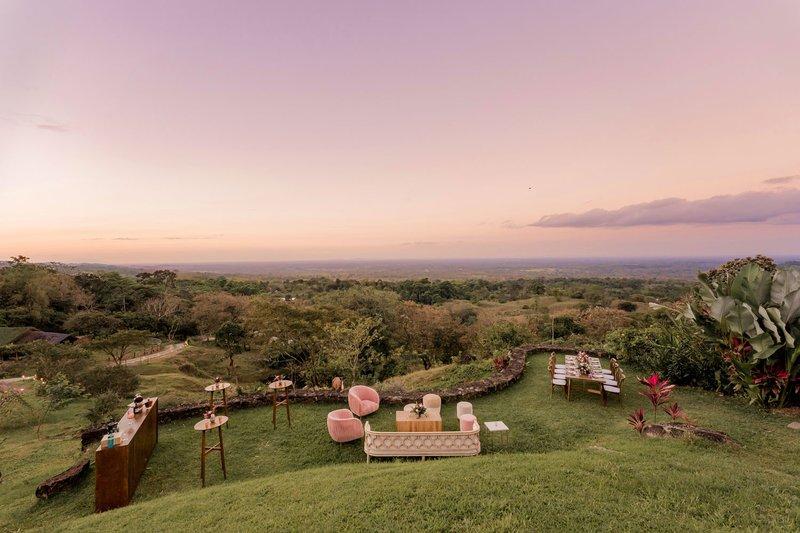 ORIGINS Luxury Lodge - Wedding with Gorgeous View