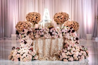wedding reception natalie sofer four seasons hotel los angeles at beverly hills burgundy pink dahlia rose hydrangea