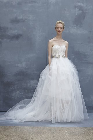amsale-fall-2018-strapless-lace-ball-gown-tulle-skirt-with-silk-ribbon-and-crystal-brooch-at-waist