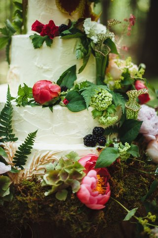 white-wedding-cake-with-hot-pink-peonies-and-greenery