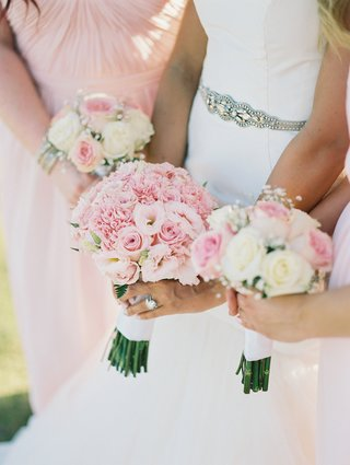 blush-and-ivory-rose-bouquet-rose-bouquets-for-bridal-party