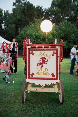 circus-animal-wild-animal-old-fashioned-cage-wedding-decor-at-malibu-outdoor-wedding-reception