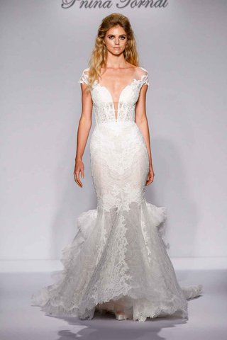 pnina-tornai-for-kleinfeld-2016-mermaid-wedding-dress-with-lace-and-ruffle-train
