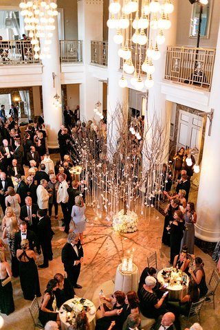 tree-with-escort-cards-hanging-from-the-branches