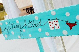 polka-dot-wedding-ceremony-sign