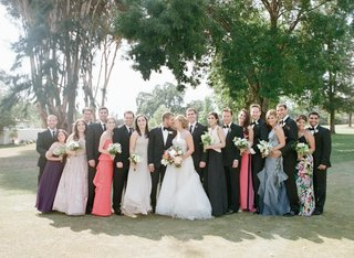 bride-and-groom-in-ojai-with-tuxedo-groomsmen-and-bridesmaids