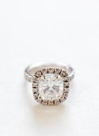 cushion-cut-diamond-engagement-ring-with-halo-setting