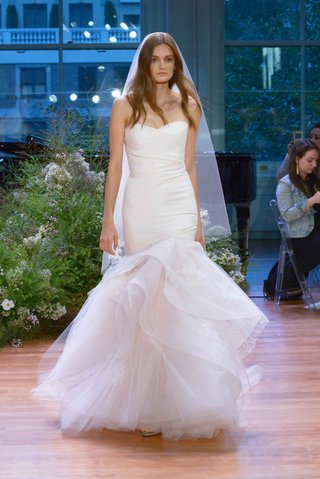 monique-lhuillier-fall-2017-bridal-collection-hailee-strapless-mermaid-wedding-dress-draped-trumpet