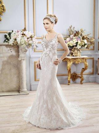 trap-wedding-dress-with-unique-bead-design-by-val-stefani