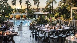 Four Seasons - The Deck wedding venue