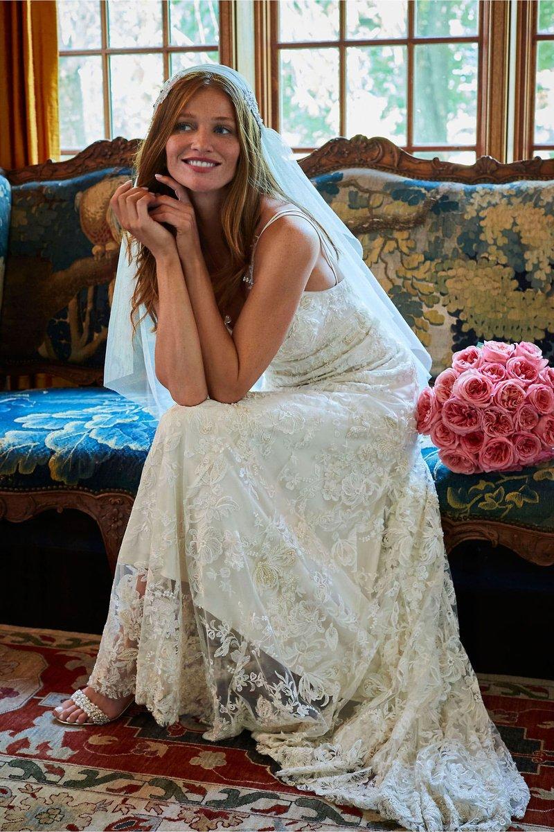 """Braylin"" 90s-Inspired Wedding Dress"