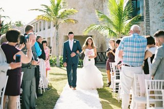 trumpet-wedding-gown-tropical-wedding-father-of-the-bride-walks-daughter-down-the-aisle
