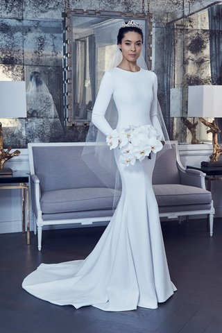 style-rk9404-by-romona-keveza-spring-2019-pearl-long-sleeve-gown-stretch-silk-crepe-fluted-skirt
