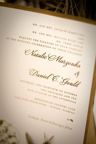 wedding-invitation-close-up-with-brown-ink