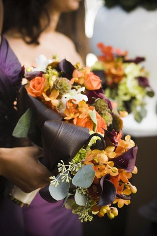 natural-bouquet-with-purple-and-orange-flowers