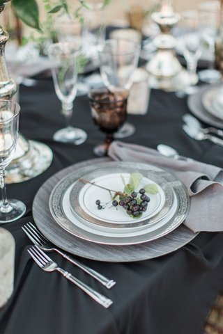 dark-china-plates-black-linen-rustic-chic-grapes-vineyard-wedding-california-boho-bridal-reception