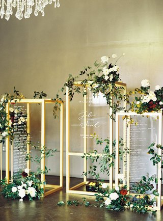 wedding-reception-gold-display-lucite-acrylic-wedding-sign-and-seating-chart-greenery-burgundy-white