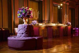 round-banquette-next-to-golden-bartop