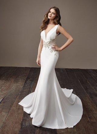 badgley-mischka-bride-2018-collection-wedding-dress-beyonce-sleek-silk-satin-bridal-gown-jewel-waist