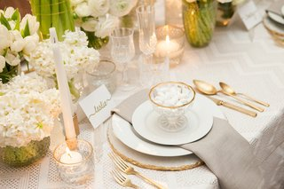 encore-event-design-tic-tock-florals-created-this-design-with-our-streamline-pearl-linen-and-silve