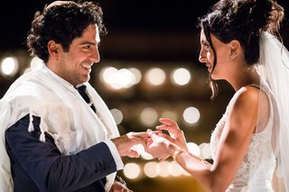night-outdoor-wedding-ceremony-jewish-traditions-ring-exchange-tallit-wedding-ideas