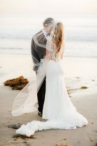 wedding-portrait-ideas-gerrit-cole-and-amy-crawford-wedding-portrait-on-beach-in-santa-barbara
