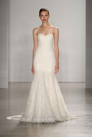 amsale-fall-2016-fit-and-flare-alencon-lace-wedding-dress