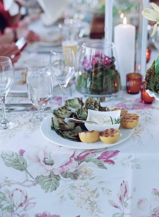 rehearsal-dinner-garden-party-with-artichoke-and-aioli