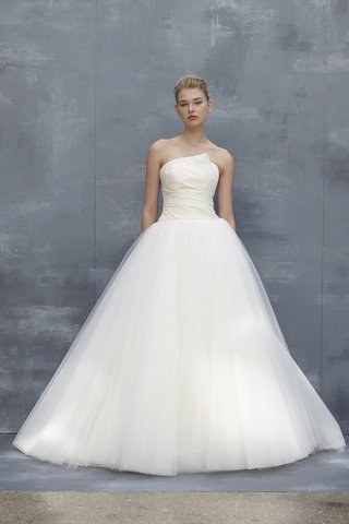 amsale-fall-2018-drop-waist-silk-faille-enveloped-pleated-bodice-with-tulle-skirt