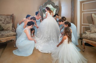 echosmith-singer-sydney-sierota-with-bridesmaids-in-light-blue-dresses-and-flower-girl-getting-ready