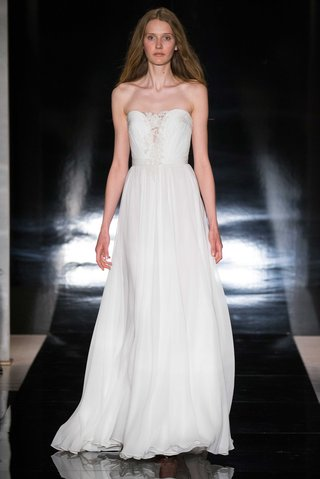 reem-acra-spring-2017-strapless-wedding-dress-in-silk-chiffon-with-lace-applique