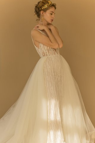 francesca-miranda-fall-2018-tulle-overskirt-hand-embroidered-pearl-v-neckline-column-gown