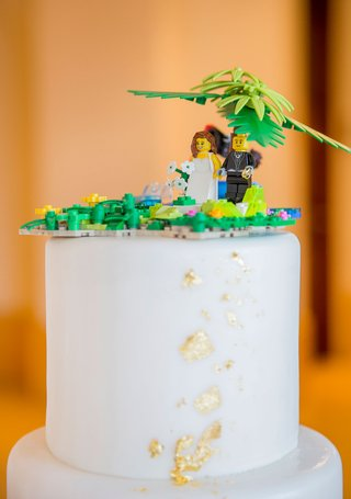 white-wedding-cake-gold-foil-details-lego-cake-topper-tropical-palm-tree-design-made-by-son-of-bride