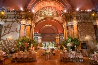 wedding-reception-lighting-projections-vines-trees-weylin-brooklyn-greenery-bright-flowers