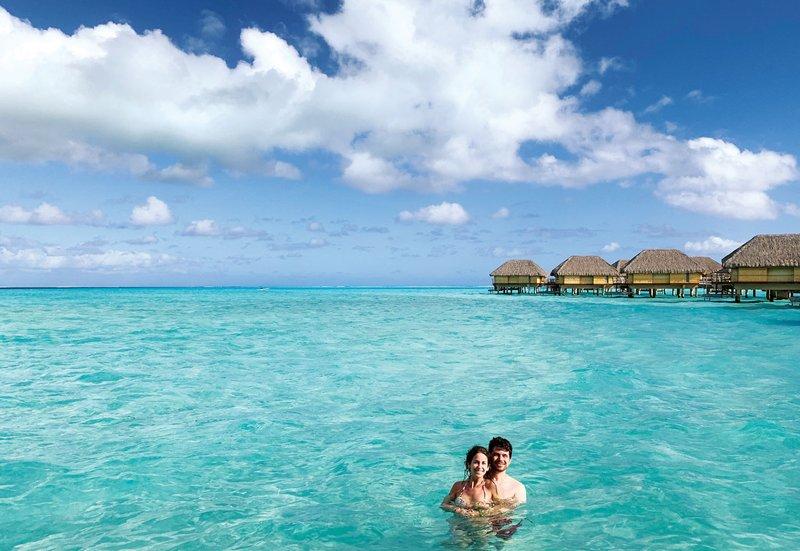 Newlyweds at Le Taha'a by Pearl Resorts