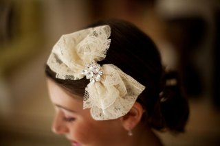 lace-bow-adorned-with-pair-shaped-crystals