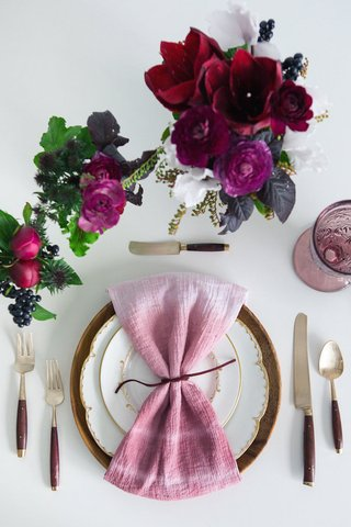 gather-events-marsala-tablescape-styled-shoot