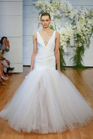 monique-lhuillier-spring-2018-bridal-collection-wedding-dress-trumpet-v-neck-tulle-skirt-drape