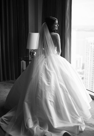 black-and-white-photo-of-bride-in-pnina-tornai-ball-gown